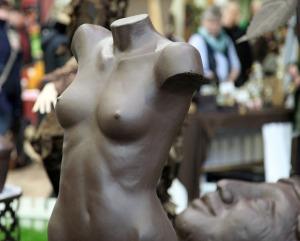 Mannequin bust